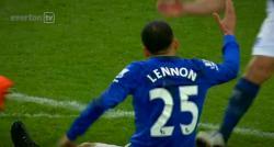 """Un joueur du club d'Everton en Angleterre, Aaron Lennon, hospitalisé pour une """"maladie liée au stress"""""""